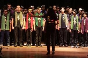 Une chorale de 95 personnes de la première édition du Festival de musique bahá'í s'est produite à la Merdeka Unity Devotional (réunion de prière Merdeka pour l'unité), le dimanche 31 août, pour marquer la Journée de l'indépendance de la Malaisie.