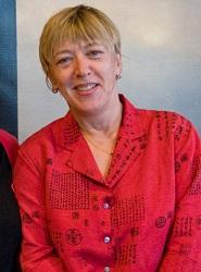 Via la campagne Education is Not a Crime, Jody Williams, lauréate du prix Nobel de la paix, a récemment exprimé son soutien au droit de la communauté bahá'íe d'Iran à accéder à l'enseignement supérieur. (Photo de courtoisie/Justin Hoch)