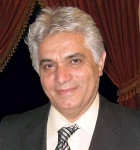 Valiollah Toosky, architecte et enseignant bahá'í iranien, qui est décédé en Californie à l'âge de 55 ans, après six mois de lutte contre un cancer du cerveau.