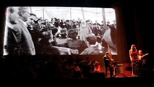 Le 28 avril 2012, des jeunes de la compagnie théâtrale de Milwaukee, Unity in Music, se sont produits à Chicago à la commémoration du centenaire des voyages de 'Abdu'l-Bahá à travers les États-Unis en 1912.