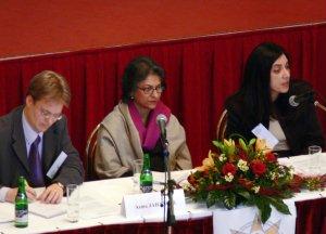 M. Piet de Klerk, Asma Jahangir et Diane Ala'i