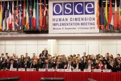 Session d'ouverture de la Réunion de l'implémentation de la dimension humaine 2015 à Varsovie, le 21 septembre. (Photo par l'OSCE/Piotr Markowski)