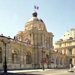 """Palais du Luxembourg, où s'est tenu le colloque """"Persécutions des baha'is, comment défendre les libertés fondamentales"""""""