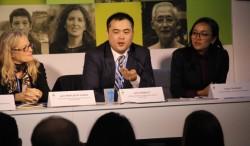 Serik Tokbolat, le représentant de la CIB, s'exprimant à un panel sur le thème de la résilience des communautés face à des événements extrêmes induits par le climat.