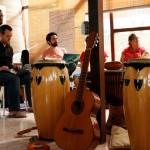Pendant l'atelier qui a eu lieu en Équateur du 16 au 26 juillet 2016, les participants ont collaboré pour créer de nouvelles chansons.