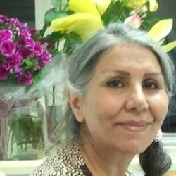 Une photographie de Mahvash Sabet, enseignante, directrice d'école et poétesse, membre du groupe des sept responsables bahá'ís iraniens qui sont emprisonnés en Iran depuis 2008.