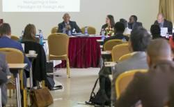 Le représentant de la CIB, M. Tekeste Ahderom, présidant une séance à l'évènement Partenaires émergents dans le cadre politique de la reconstruction post-conflit en Afrique, qui s'est tenu à Addis-Abeba en juin 2016.