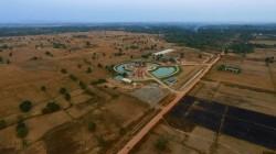 Vue aérienne de la maison d'adoration bahá'íe locale à Battambang, au Cambodge.