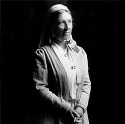 Sarah Farmer était l'une des premières innovatrices américaines en matière de religion. Green Acre Inn à Eliot, dans le Maine, lui appartenait