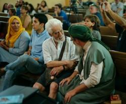 Quelque 300 représentants de communautés religieuses et d'organisations de la société civile se sont réunis pour une conférence à l'Iglesia de Jesus Church à Madrid le 20 juin 2017, la Journée mondiale des réfugiés.
