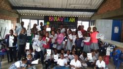 Les célébrations du bicentenaire dans une école d'El Chamizo, en Colombie