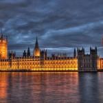 Le bâtiment du Parlement britannique à Londres (photo de courtoisie de Maurice, Wikimedia Commons)