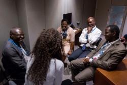 Un groupe de conseillers d'Afrique a récemment discuté du travail d'organisations d'inspiration bahá'íe sélectionnées dans le domaine de l'éducation. (De gauche à droite) Clément Thyrrell Feizouré, Maina Mkandawire, Judicaël Mokolé et Alain Pierre Djoulde ont expliqué comment les organisations s'inspirent de certains principes des enseignements de Bahá'u'lláh pour étayer leur approche du développement.