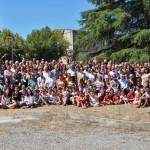 Photo de groupe des participants à l'école d'été au Centre Regain à Sainte Tulle, près de Manosque.
