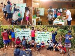 Les jeunes ont créé des panneaux et les ont placés près de la rivière, encourageant les gens à ne pas jeter de détritus dans cette zone.